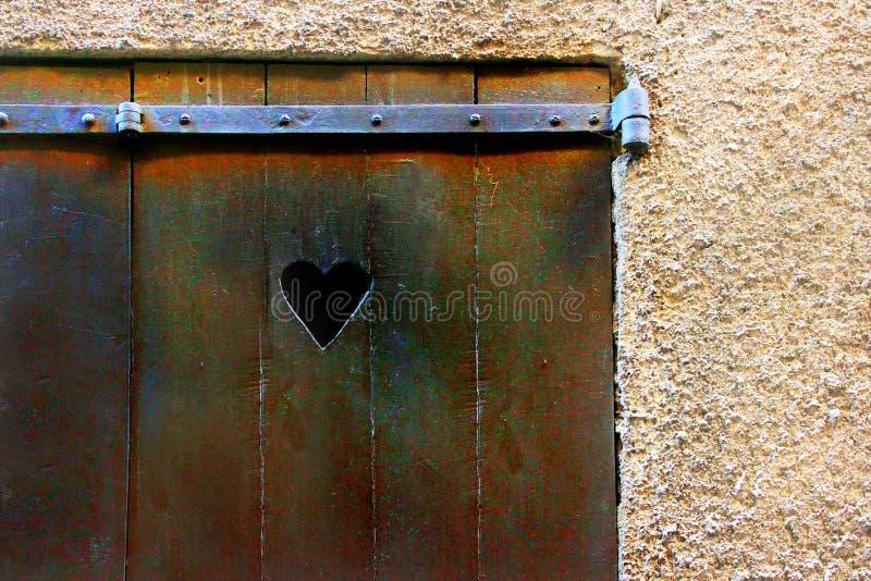 Janelas velhas em França imagem de stock