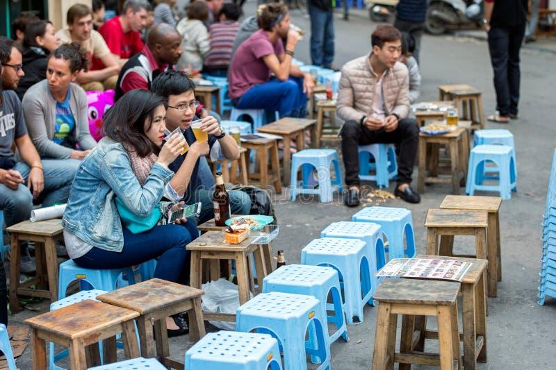 Jantar em Hanoi foto de stock