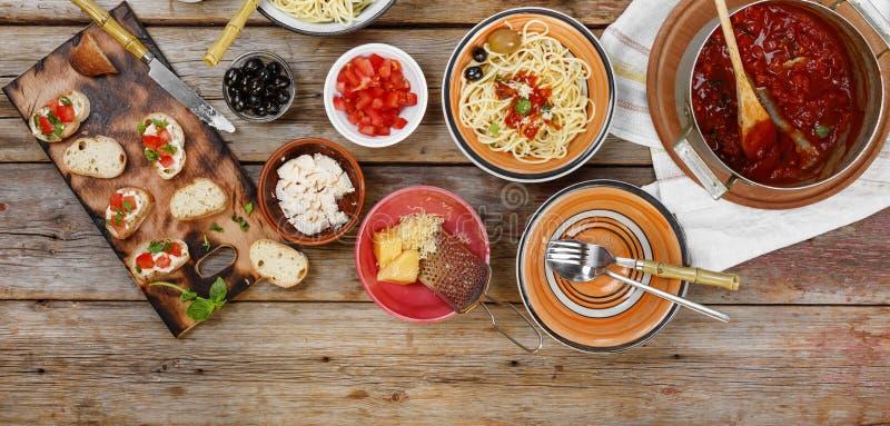 Jantar italiano tradicional do vegetariano Jantar em casa fotografia de stock