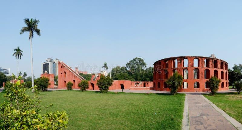 Jantar Mantar全景在老德里,印度 免版税图库摄影