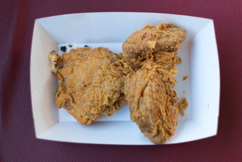 Jantar saboroso fritado friável da galinha de kentucky imagens de stock