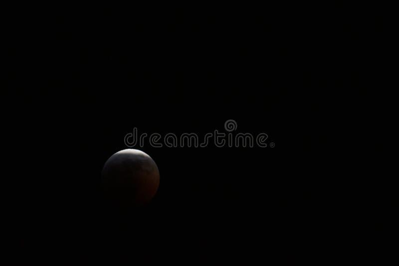 Januar 2019 Superblut Wolf Moon Eclipse Nears Totality lizenzfreie stockbilder