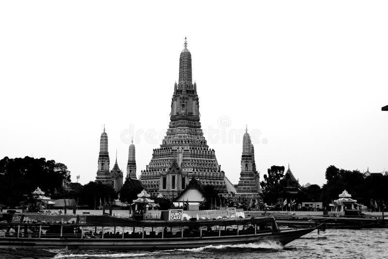 2 Januari 2019 BANGKOK THAILAND: Cityscape van Wat Arun is onder bekendst van de oriëntatiepunten van Thailand royalty-vrije stock fotografie