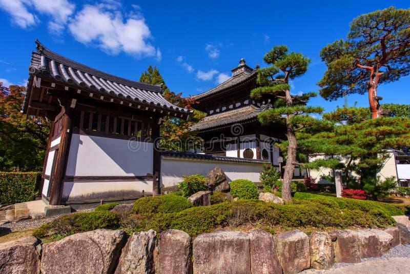 Japan-Gebäude an Tofuku-jitempel stockbild