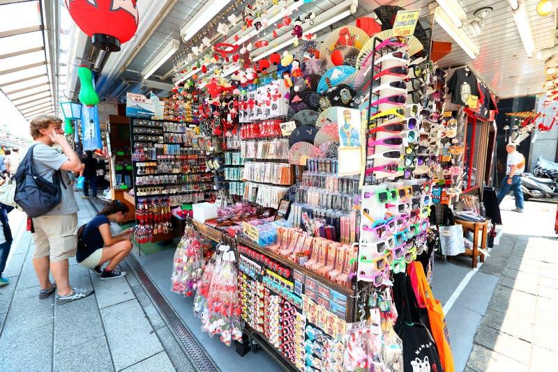 Japan: Nakamisedori in Asakusa, Tokyo royalty-vrije stock fotografie