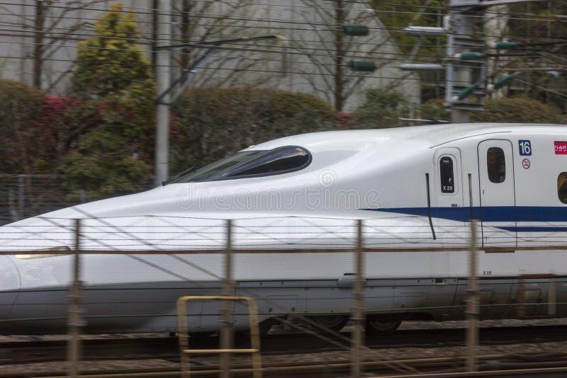 Japan Tokyo, 04/12/2017 Det snabba drevet shinkansen arkivfoto