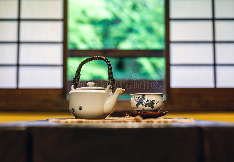 Download Japanese Tea Ceremony stock image. Image of teapot, asia - 32813053