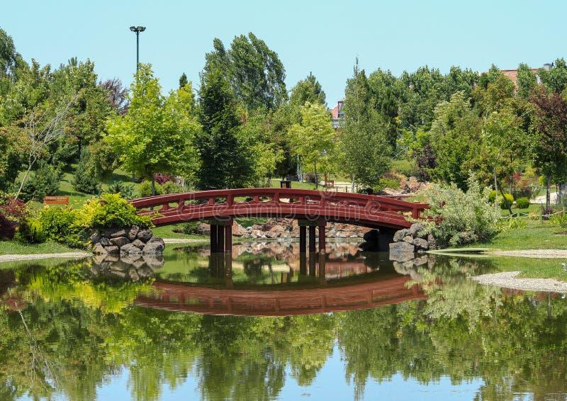 Japanesse-Garten in EskiÅŸehir die Türkei lizenzfreie stockbilder