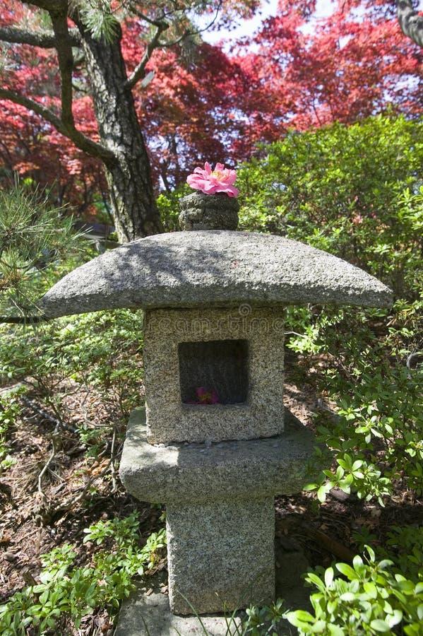 Japanische Gärten und Azaleen im Frühjahr im nationalen Arboretum, Washington D C lizenzfreie stockfotos