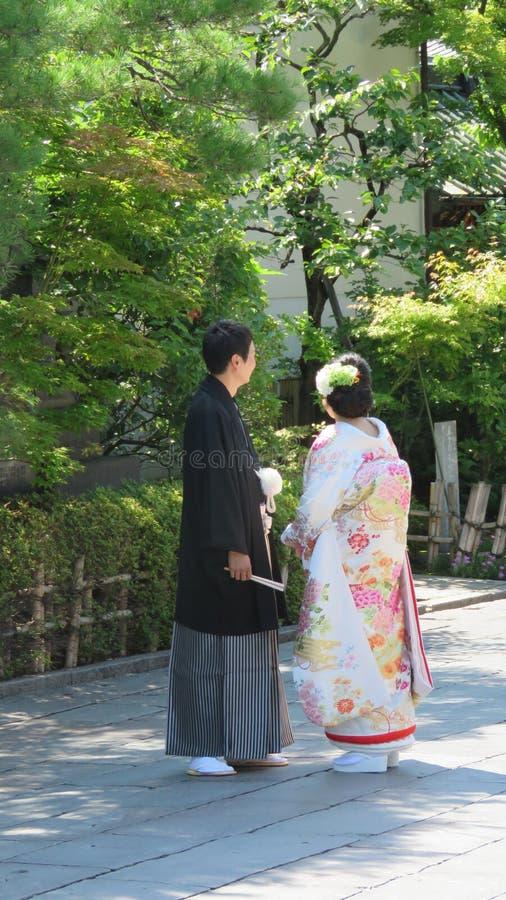 Japanische Hochzeitspaare in Nagano stockbilder