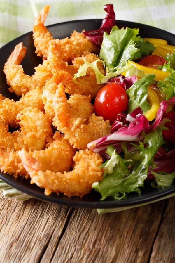 Japanische Küche - Tempura-Garnelen tiefer Fried Shrimps mit Veg stockbilder