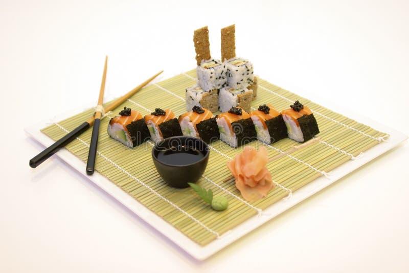 Japanische Kücheeinstellung auf Weiß stockbilder