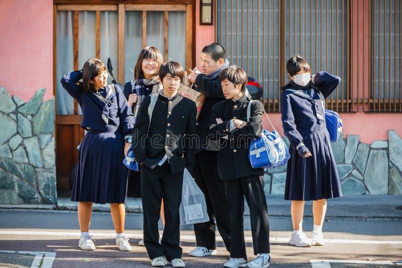 Japanische Studenten in Kyoto stockbild