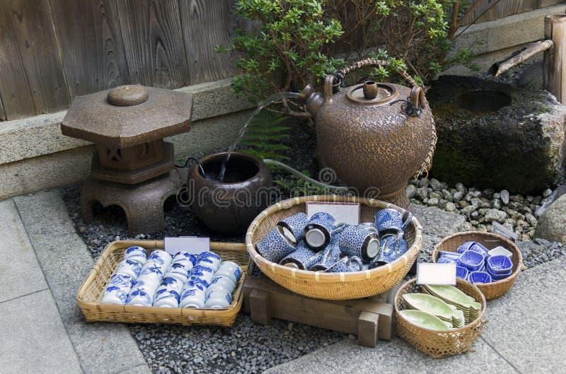 Japanische Tonwaren für Verkauf lizenzfreies stockfoto