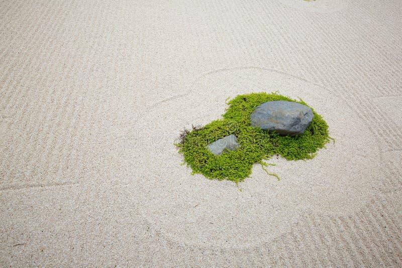 Japanischer Zenfelsengarten lizenzfreies stockbild
