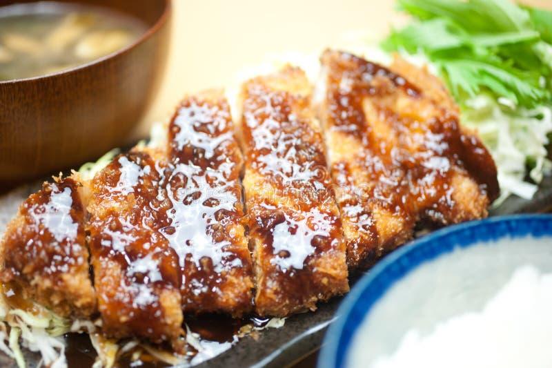 Japanisches tiefes Kotelett Tonkatsu stockfoto
