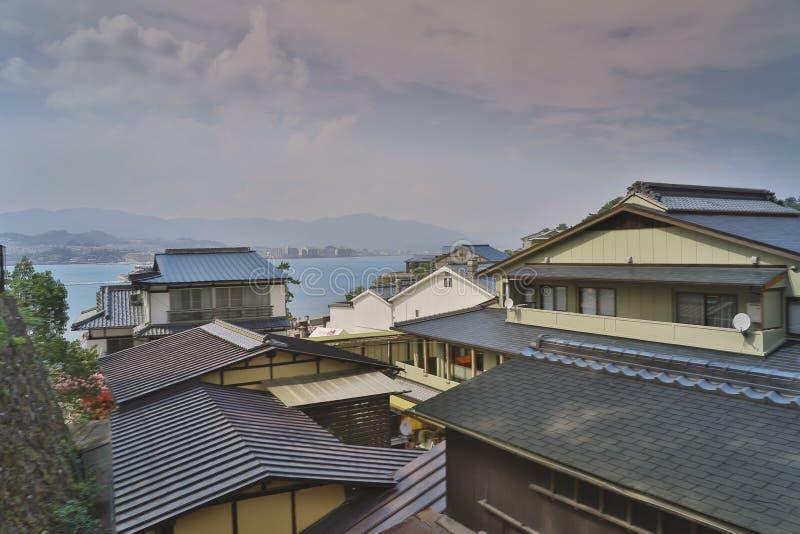 Japans bergdorp dichtbij Hiroshima stock afbeeldingen