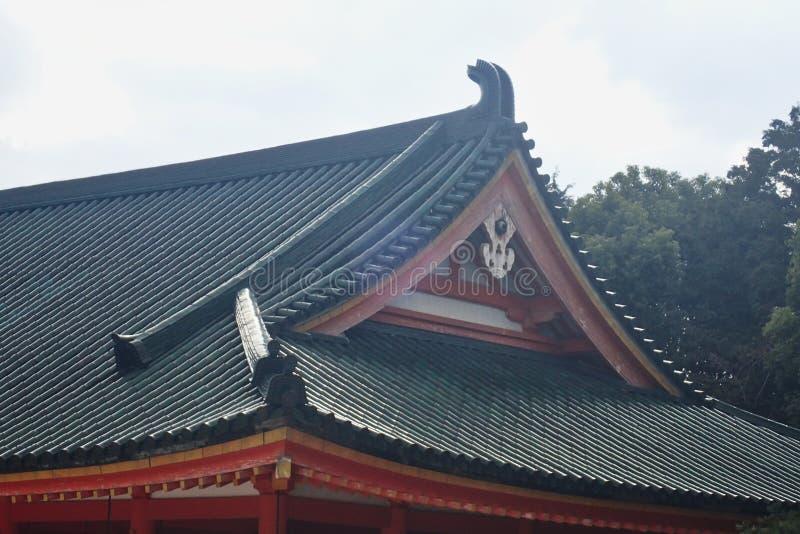 Japans dak in een park stock fotografie