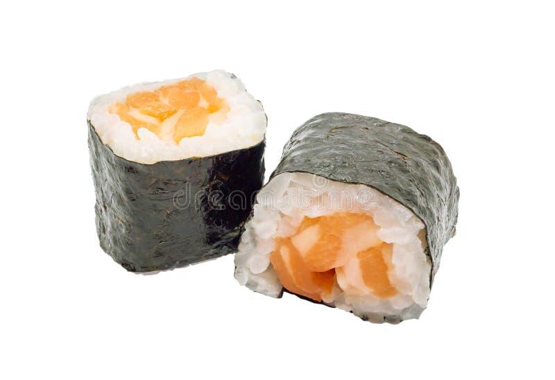 Japans die de sushibroodje van zalmmaki op witte achtergrond met het knippen van weg wordt geïsoleerd stock afbeeldingen