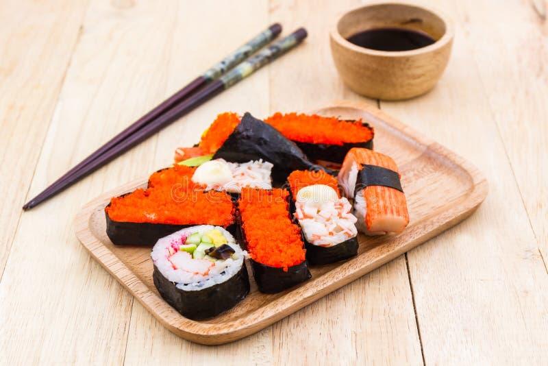 Japans sushi traditioneel voedsel stock foto
