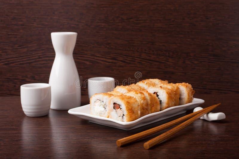 Japans sushi traditioneel Japans voedsel royalty-vrije stock foto's