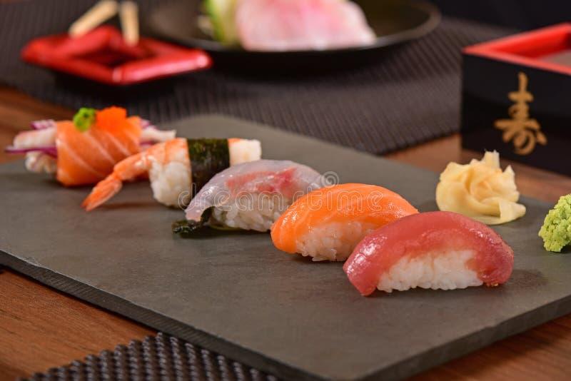 Japans voedsel - Nigiri-sushis royalty-vrije stock foto's