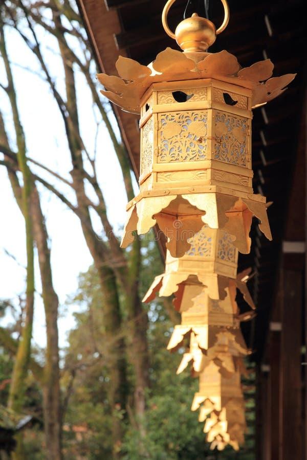 Japanse lantaarns in Kamigamo-heiligdom, Kyoto royalty-vrije stock afbeelding