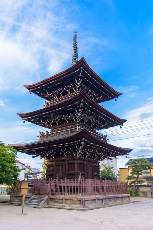 Japanse pagode in Shitennoji-tempel, Tennoji, Osaka, Japan stock foto