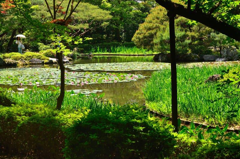 Japanse tuin en waterlelie, Kyoto Japan royalty-vrije stock foto