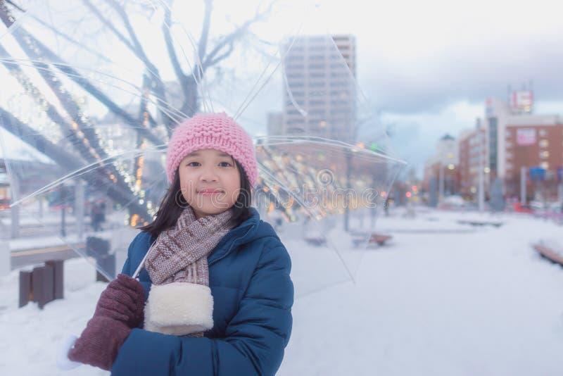 Japansk flicka i vinter royaltyfria foton