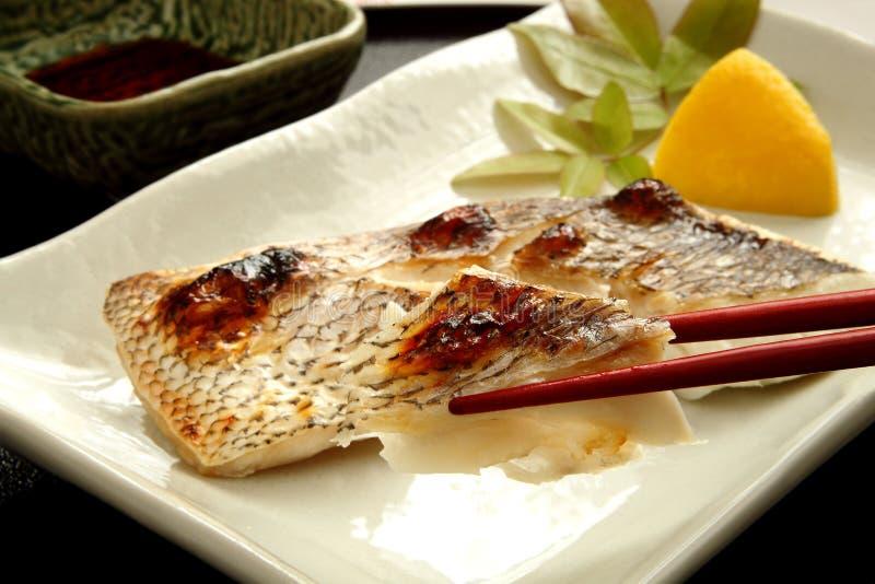 Japansk mat, grillad fisk royaltyfri bild