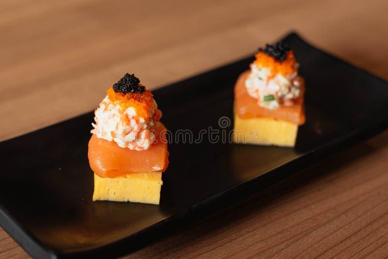 Japansk mat i restauranger royaltyfri bild