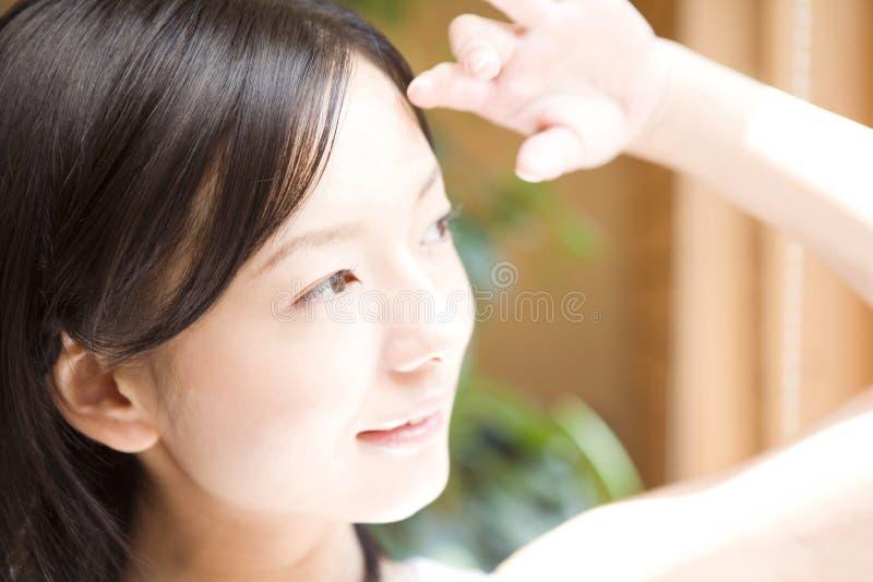 japansk ståendekvinna royaltyfria bilder