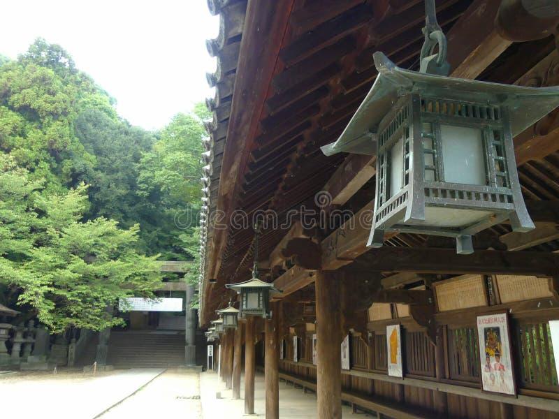 Japansk träutomhus- arkitektur fotografering för bildbyråer