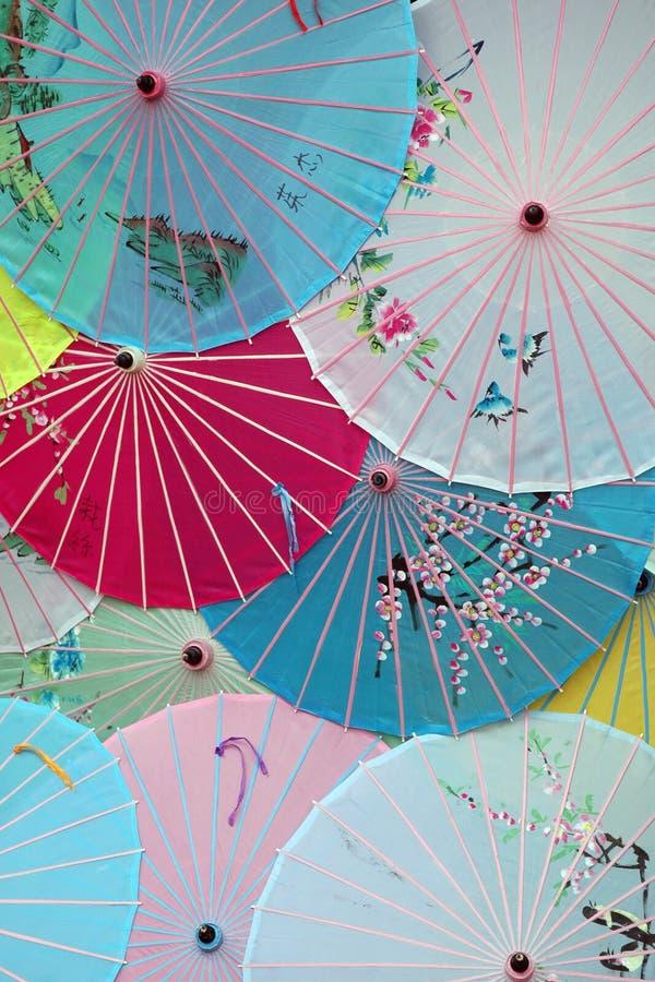Download Japanska paraplyer arkivfoto. Bild av yellow, färgrikt - 521632