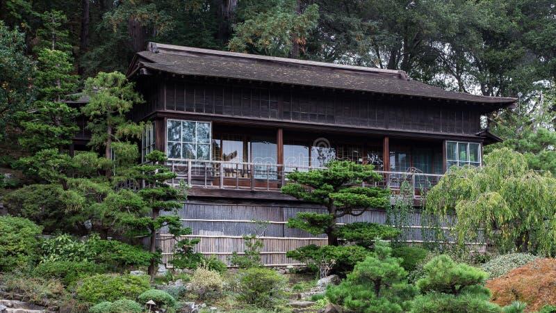 Japanskt hus för teträdgård arkivbilder