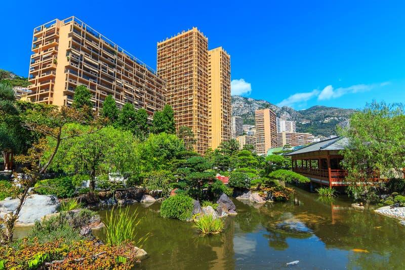 Japanträdgård i Monte - carlo, Monaco, Europa royaltyfria foton