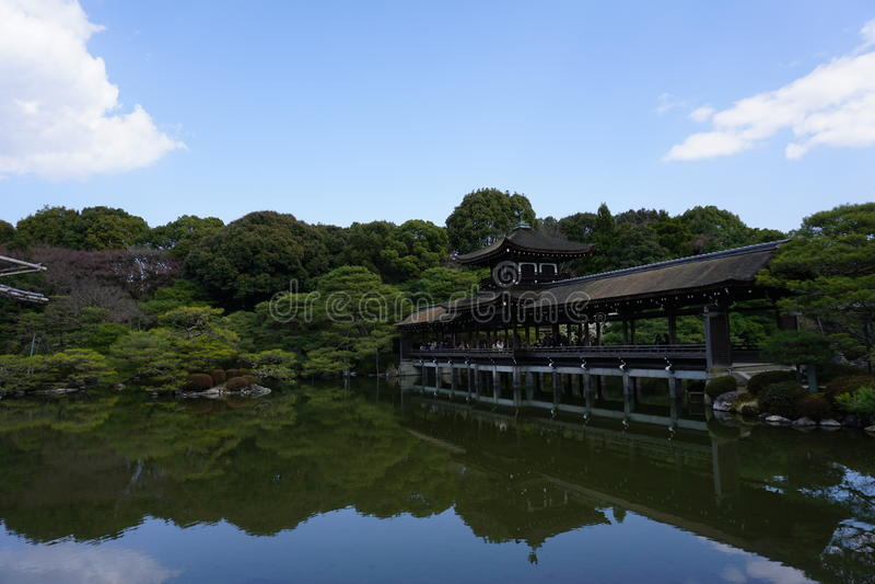 Japończyka ogród w Heian-jingu, Kyoto, Japonia zdjęcie stock