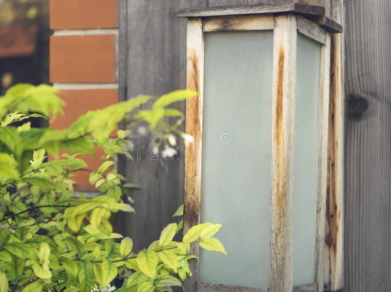 Japończyka sklepu znaka rocznik na drewnianym obraz royalty free