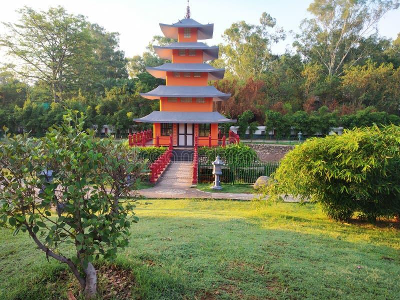 Japońska budynku parka widoku tapeta zdjęcie stock