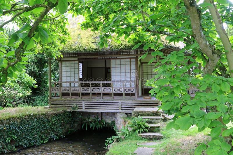 Japoński Herbaciany dom nad strumieniem zdjęcie royalty free