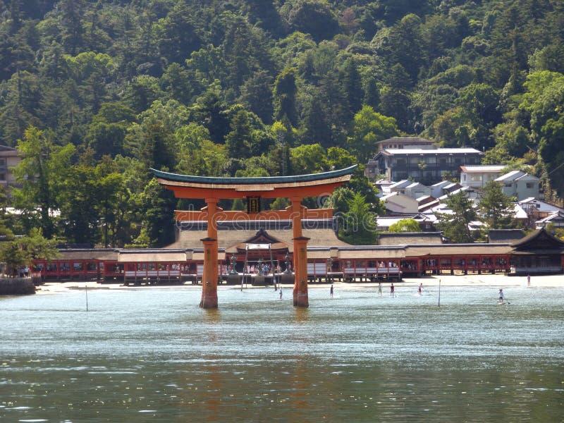 Japonia Miyajima Duży torii obraz royalty free