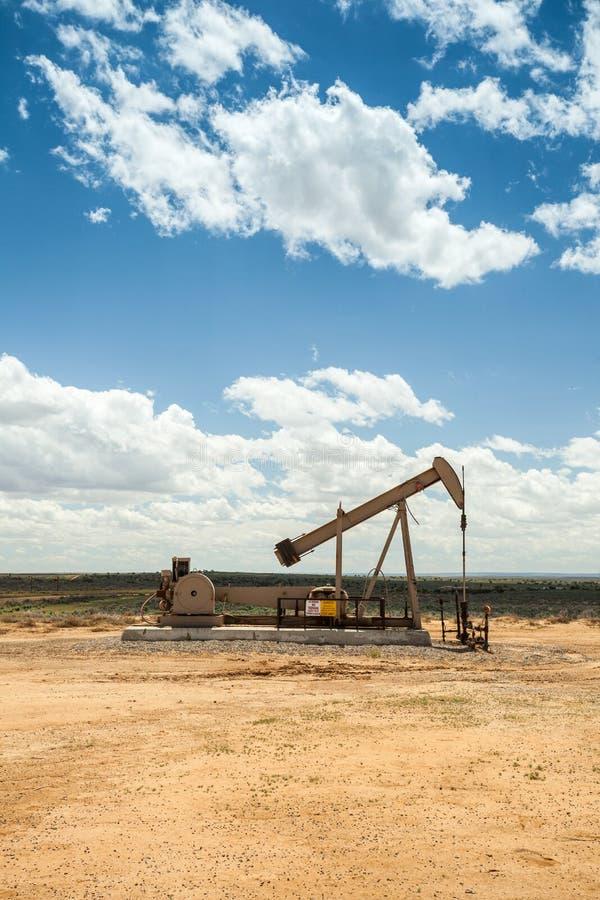 Jaque da bomba de petróleo fotos de stock