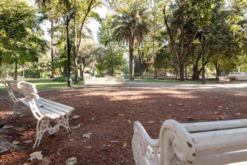 Jardín de Tíbet en el parque público de O'Higgins en Santiago de Chile imagenes de archivo