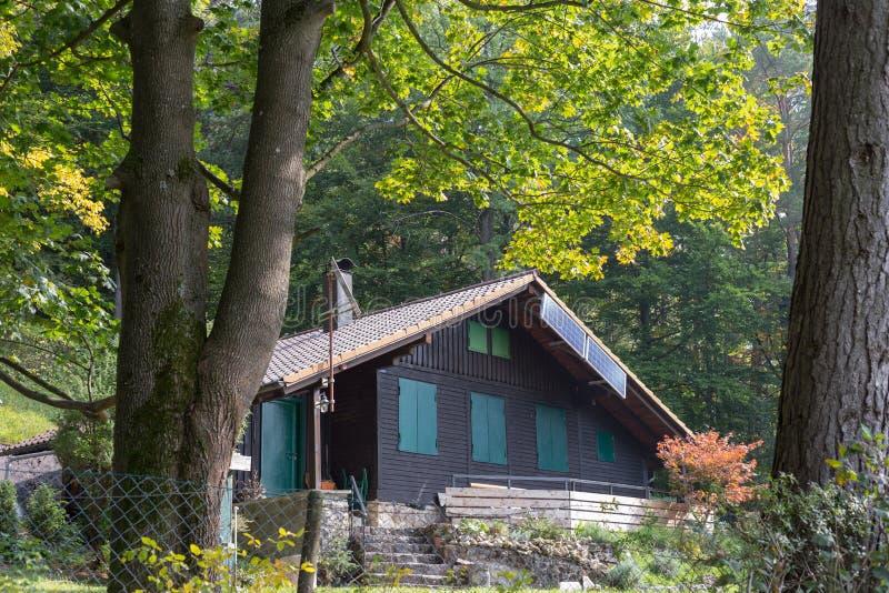 jardín alemán del sur de la cabaña foto de archivo