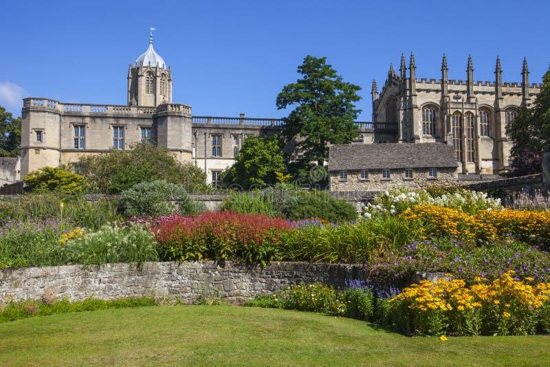 Jardín conmemorativo de la iglesia de Cristo en Oxford fotografía de archivo