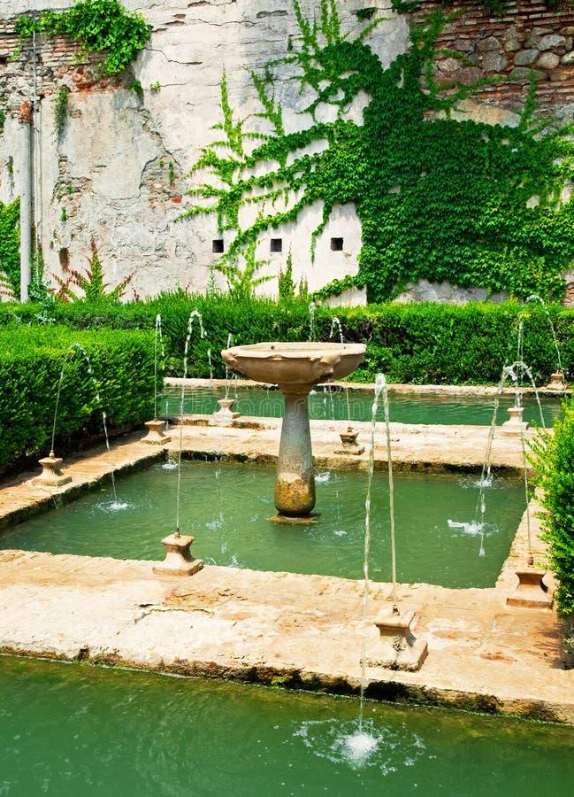 Jardín de Alhambra fotografía de archivo libre de regalías