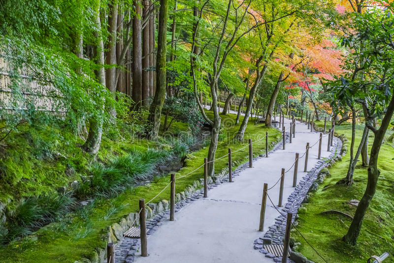 Jardín de Chisen-kaiyushiki en el templo de Ginkaku-ji, Kyoto imagen de archivo libre de regalías