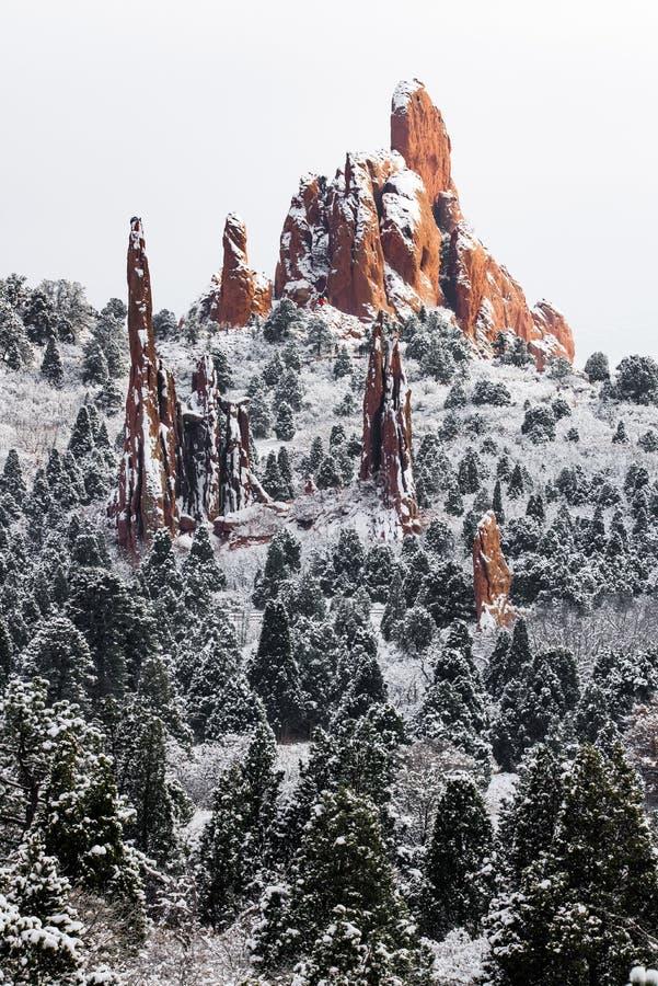 Jardín de dioses - nieve del invierno de Colorado Springs imagen de archivo