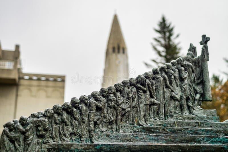 Jardín de la escultura en Reykjavik, Islandia de Einar Jonsson imagen de archivo